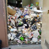大東市のゴミ屋敷を格安業者が片付けします。